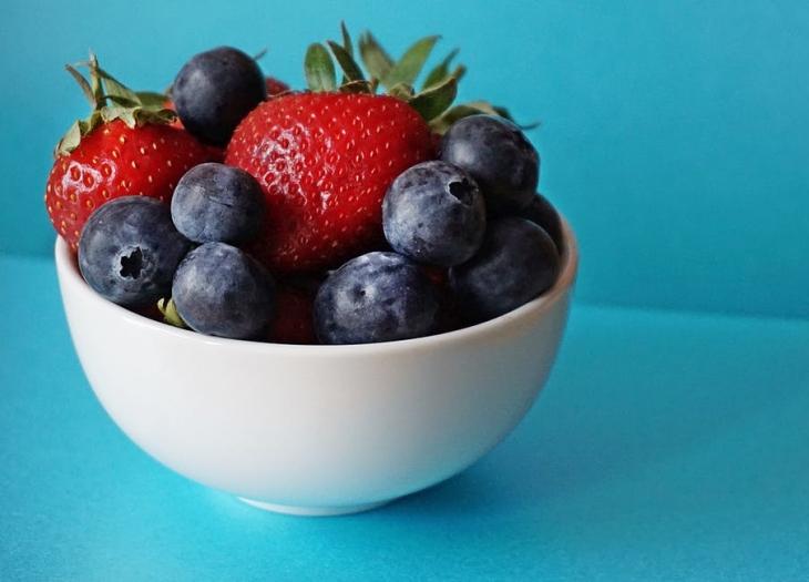 Учим английское слово berries